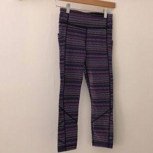 Lululemon purple & white stripe crops sz 2 65069